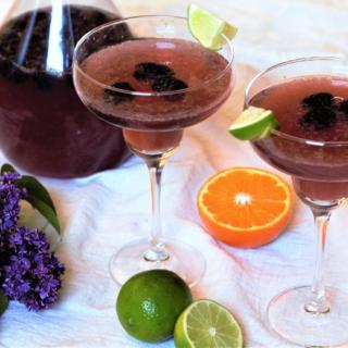 Sparkling Blackberry Margaritas | Mountain Cravings