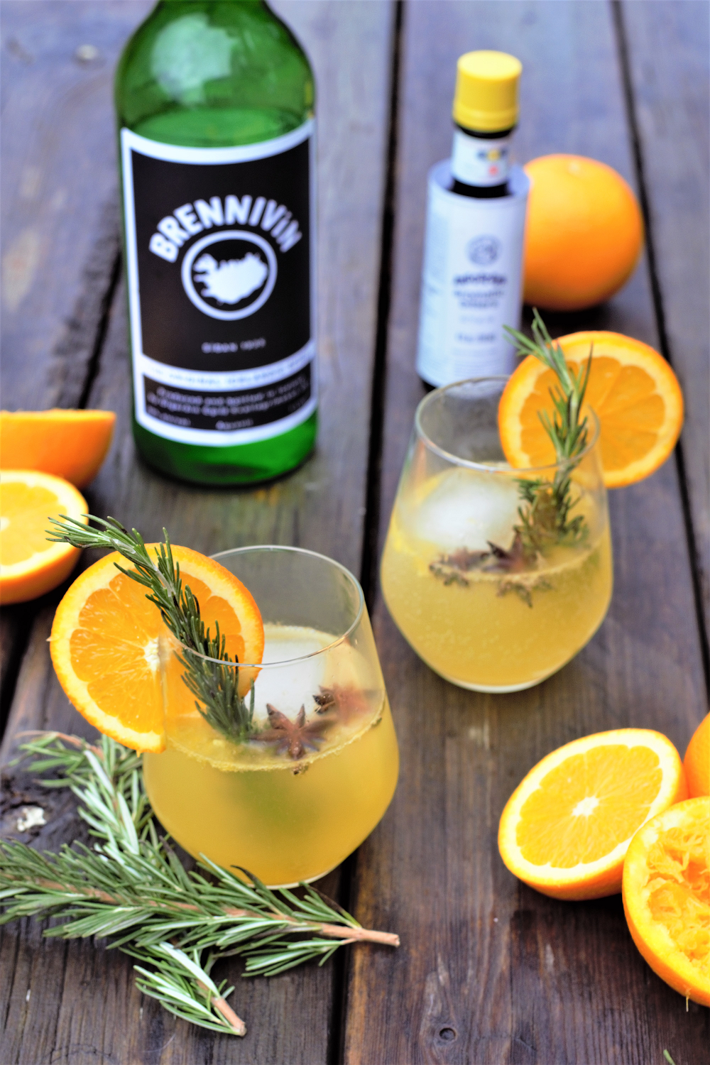 Traditional Icelandic schnapps married with freshly squeezed orange juice & a sprig of rosemary for a crisp, refreshing fall spiced cocktail.