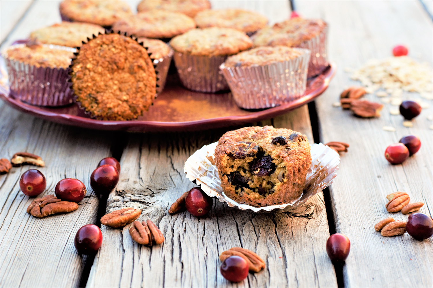 Easy, healthy, happy breakfasts: 5-minute gluten-free cranberry pecan muffins made in the blender & sweetened with maple syrup.