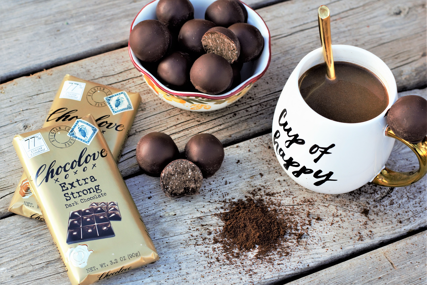 Just stir into hot water for a rich, comforting mocha latte with a full dose of espresso & thick coating of super dark chocolate - these couldn't be easier!