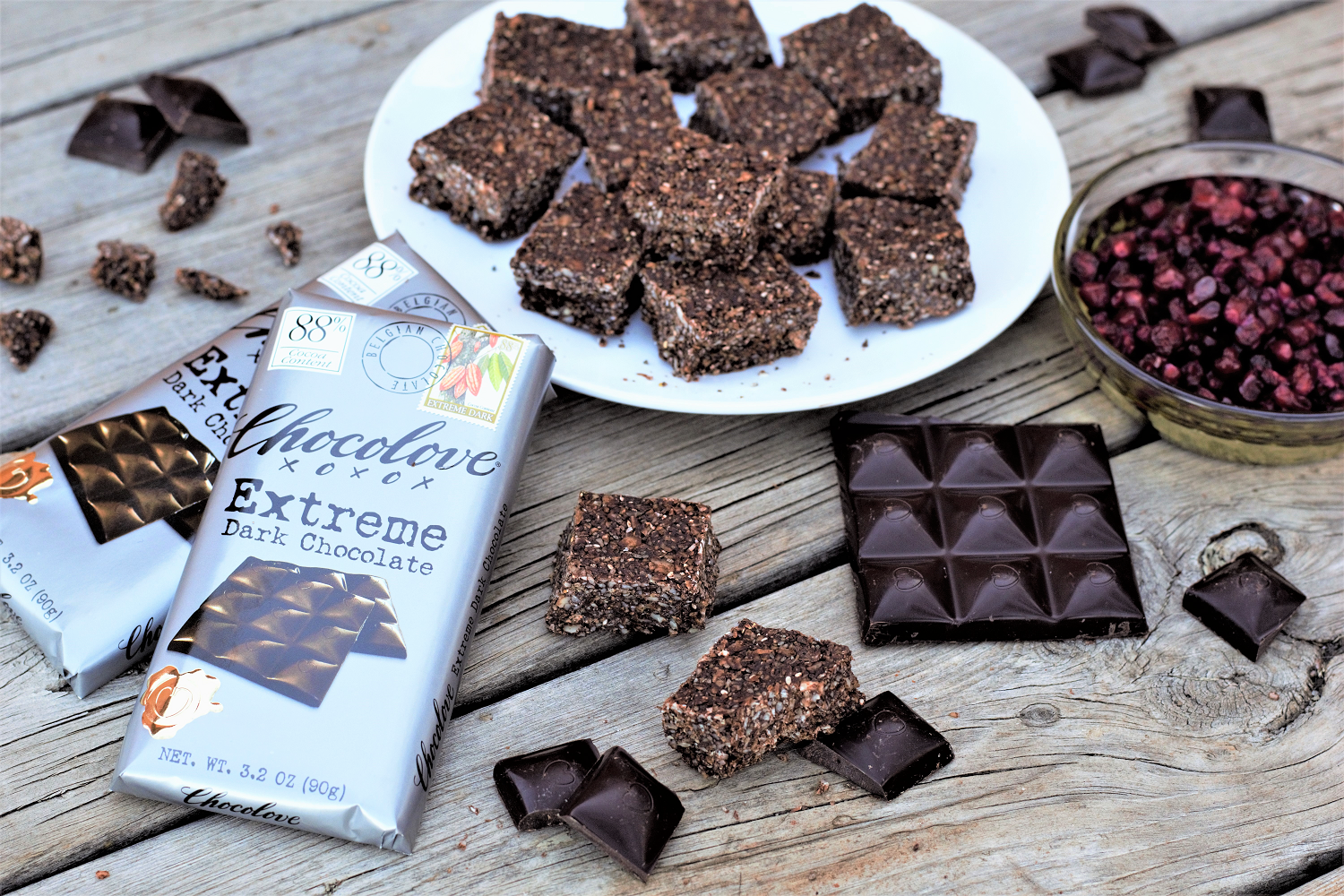 Healthy energy bites with 88% dark chocolate have just 100 calories & ZERO refined sugar for the perfect high-protein, low-carb, gluten-free, healthy-ish indulgence.
