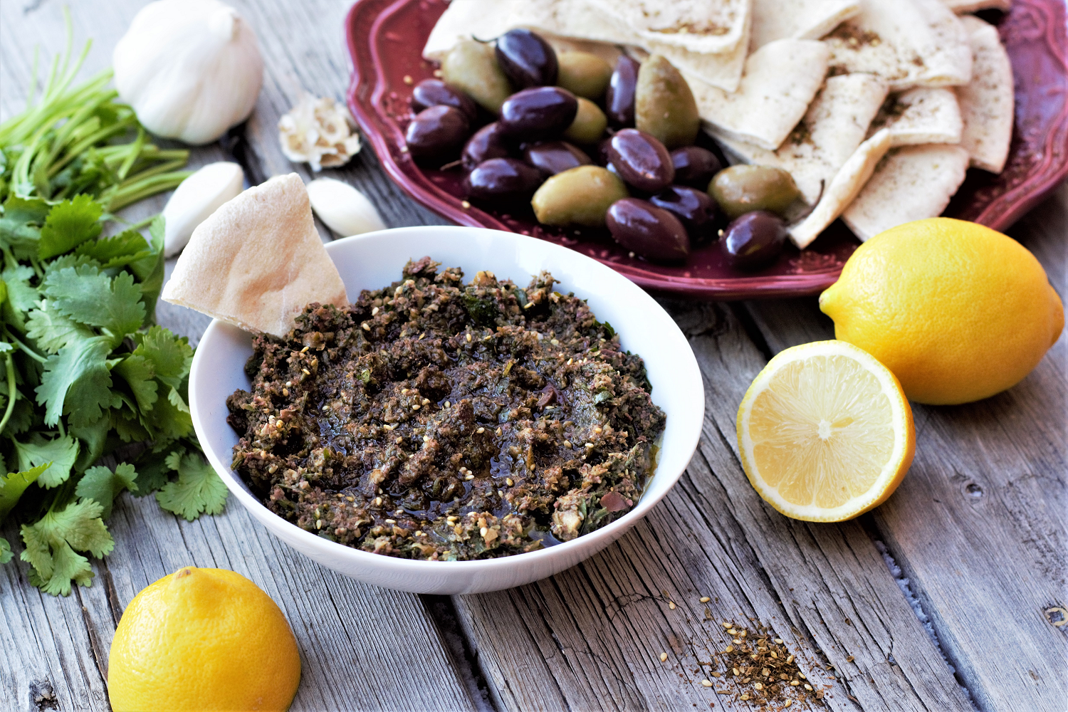 Wildly popular across the Middle East & eastern Mediterranean, za'atar spice blend is packed with woodsy, nutty, tangy flavor for the perfect complement to salty olives and bright lemon juice.