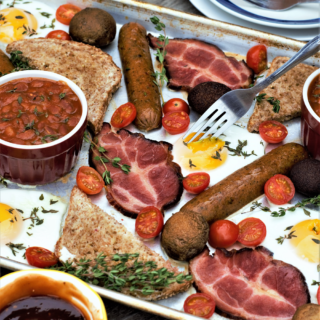(Almost) full english breakfast for two, all baked together on a sheet pan in 15 minutes! Perfect weekend brunch or mid-week surprise for a wonderful morning treat.
